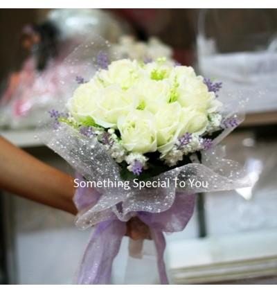 Basilica Hand Bouquet